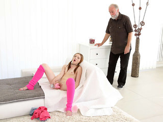 Tyna gets her pussy split by older man..