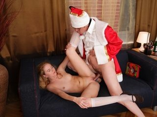 Wondrous youthful blonde gets to plumb..